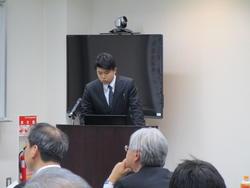 IMG_0712(事例発表「環境安全学・演習」4C福原さん).JPG