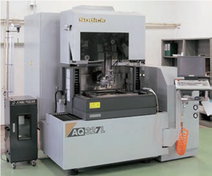 CNC_wire-cut%20electrical_discharge_machine.png